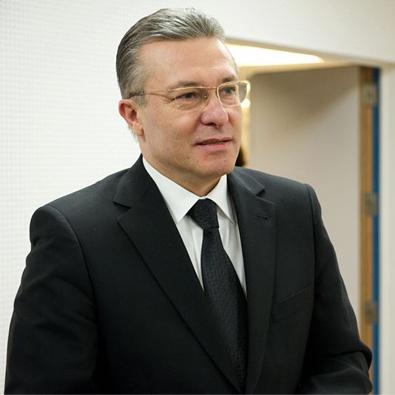 Cristian Diaconescu, primul pe lista PMP pentru Senat, spune că Joe Biden vorbea o dată la 10 zile cu Bucureștiul, când era vicepreședinte, iar cu viitorul Secretar de Stat al SUA s-a întâlnit de multe ori