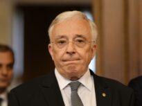 Amânare în procesul CNSAS – Mugur Isărescu. Guvernatorul BNR a lipsit de la primul termen, fiind reprezentat de Valeriu Stoica – UPDATE