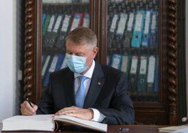 Iohannis a contestat în instanţă amenda primită pentru discriminarea maghiarilor, când a salutat în ungurește PSD. A scăpat și de o plângere penală