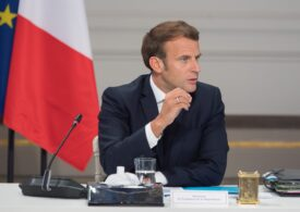 Guvernul francez vrea să ridice măsurile de izolare pe 15 decembrie. Primele vaccinări s-ar putea face la sfârşit de decembrie sau început de ianuarie
