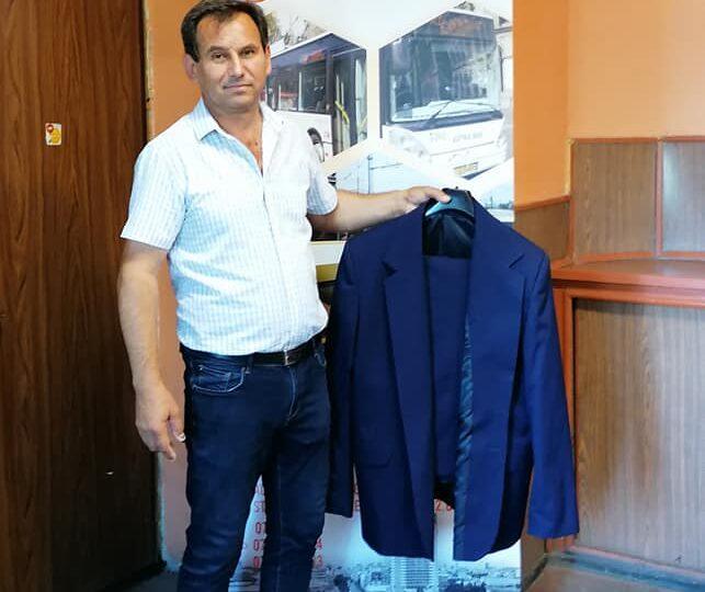 Toți conducătorii STB vor purta uniforme de la 1 iulie. Iată cât a costat această nouă idee a primarului Firea