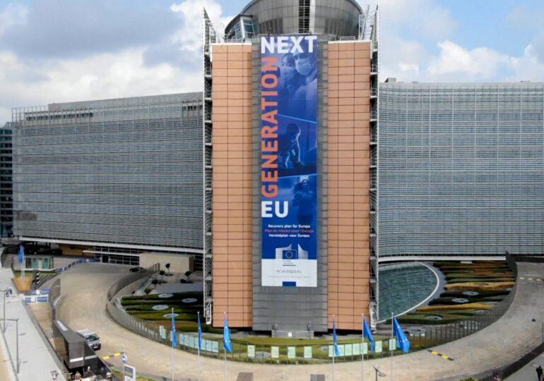Comisia Europeană a prezentat Planul de acţiune pentru democraţie în UE: Promovarea alegerilor libere şi corecte și consolidarea libertăţii mass-media