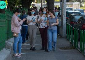Cum va arăta școala în pandemie: Se pot monta separatoare de plastic în clase. Va fi elevul și banca, la un metru distanță de ceilalți