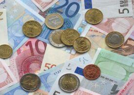 Curs valutar: Euro a atins un nou maxim istoric
