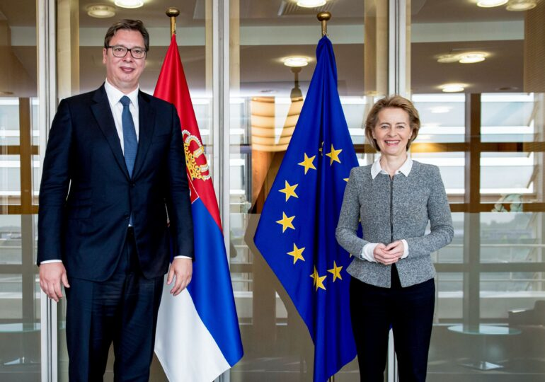Coronavirus la nivel înalt: apropiați ai președintelui au fost testați pozitiv în Serbia