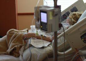 Prahova: Toate locurile de terapie intensivă destinate pacienţilor cu COVID-19 sunt ocupate. Un nou focar a fost depistat la o fabrică din Câmpina