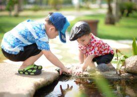 Psiholog: Să învațăm de la copii sa ne bucurăm de viață
