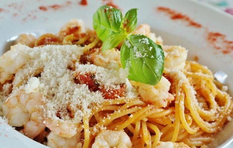 Viralul zilei: Și dacă până acum am mâncat toți spaghetele în mod greșit?