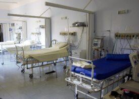 Două persoane care se prezentaseră pentru un control la o clinică privată din Craiova au murit. Poliţiştii au deschis o anchetă