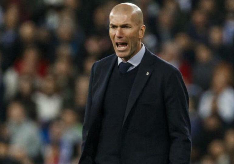 """Zidane a răbufnit după un nou succes al Realului: """"Vă cer să respectați această echipă!"""""""