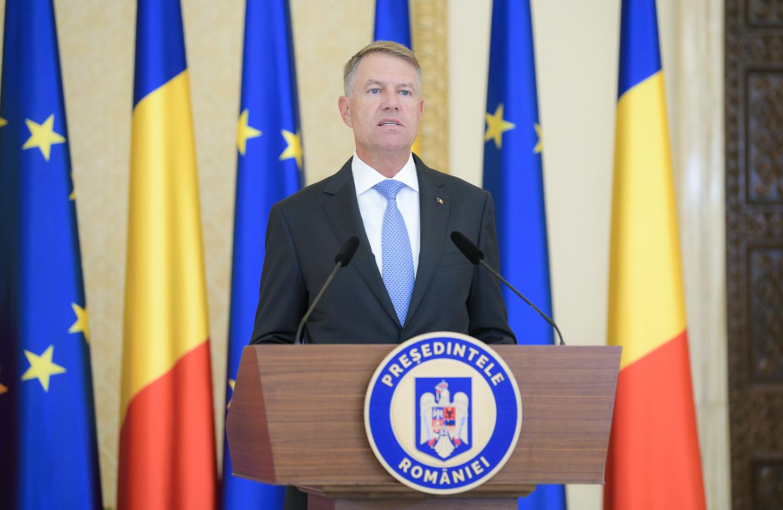 Iohannis cere ca legea carantinării să fie trecută de urgență de Parlament: PSD va fi răspunzător de moartea a zeci, poate sute de români