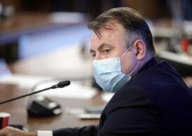 Nelu Tătaru se duce azi în Parlament să rezolve problemele la Legea carantinării. Cătălin Predoiu a fost ieri, când Ciolacu îl certa la Tv că se ascunde