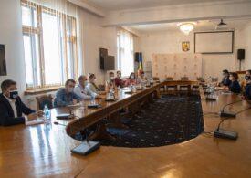 """Organizații civice au cerut vineri procurorului general redeschiderea Dosarului 10 august: Intervenţia în forţă a jandarmilor, comparată cu un """"plivit de buruieni"""" în Ordonanța de clasare"""