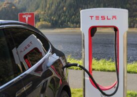 Acţiunile Tesla au crescut la un nivel record
