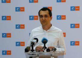 Voiculescu: Firea nu vrea să construiască un spital, vrea să facă o poză cu casca pe cap