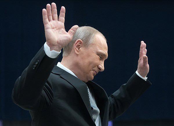 Putin a retras oficial Rusia din tratatul Cer Deschis