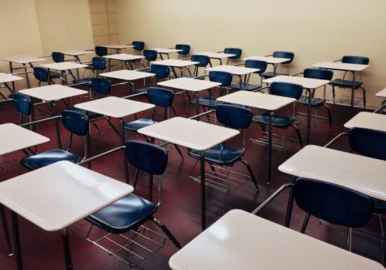 Toate şcolile din municipiul Constanţa trec în scenariul roşu
