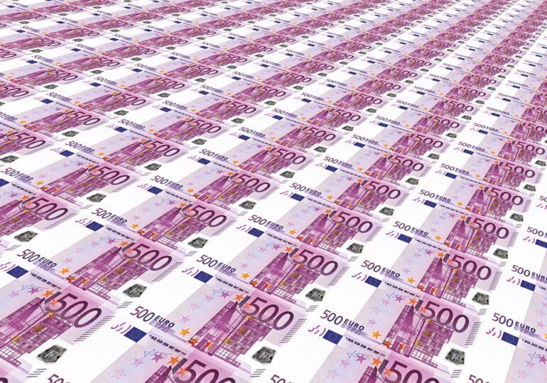 România este obligată de CJUE să plătească 3 milioane de euro pentru că nu a transpus Directiva privind spălarea banilor sau finanțarea terorismului