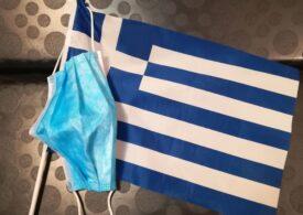 Grecia a înregistrat în august cele mai multe cazuri de COVID-19, dar nu din cauza turismului. De ce a crescut numărul îmbolnăvirilor