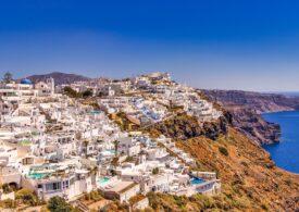 Grecia are de gând să amendeze turiştii fără QR Code (tour-operator)