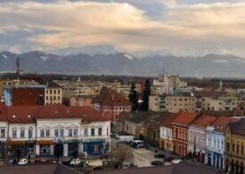Apel disperat într-un oraș din Transilvania: Virusul există, este printre noi!