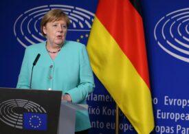 Merkel spune în Parlamentul European că UE trebuie să se pregătească pentru o rupere bruscă a relaţiilor cu Marea Britanie