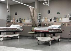 Doi pacienţi de la Spitalul Sfântul Pantelimon au fost mutaţi în alt salon după ce a ieșit fum dintr-un neon