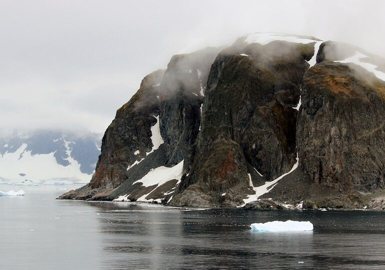 Regiunea de pe glob care se încălzește de trei ori mai rapid decât oricare alta
