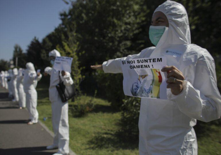 """Sindicaliştii de la SANITAS sunt aşteptaţi marţi la """"Mitingul epuizării"""""""