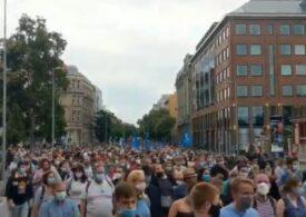 Protest pentru libertatea presei la Budapesta, după o demisie în masă la cel mai mare portal independent de știri (Foto&Video)