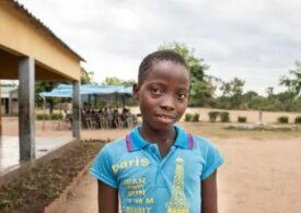 Aproape 10 milioane de copii din lumea întreagă riscă să nu se mai întoarcă niciodată la şcoală