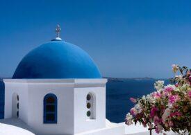 MAE: Românii stau la coadă 3 ore ca să intre în Grecia. Detalii despre românca bolnavă de COVID-19 din Creta