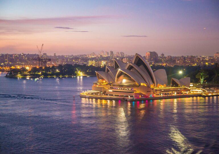 Australia închide o frontieră de stat pentru prima data în 100 de ani, după ce a crescut numarul cazurilor de COVID-19