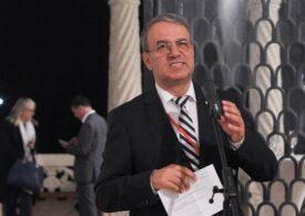 Dosarul lui Vergil Chițac a fost clasat. E senatorul cu COVID-19 care a băgat în carantină Guvernul, conducerea PNL și Parlamentul și a refuzat să fie dus la spital cu izoleta