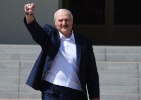 Lukaşenko a fost huiduit de muncitorii unei uzine de automobile: Atât timp cât nu mă ucideţi, nu vor fi alegeri