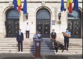 Marcel Vela a anunțat înființarea Poliției Animalelor, flancat de Șuier și Max. Iată cum va funcționa