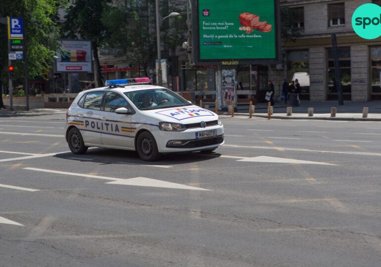Un tânăr care conducea fără permis a sărit din maşina în mers, în timp ce era urmărit de poliţişti la Constanța