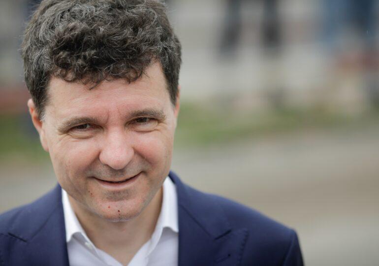 Nicuşor Dan, despre candidatura lui Tăriceanu: Lupta mea este cu Gabriela Firea