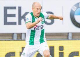 Arjen Robben revine în fotbal