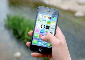 Apple a fost amendată cu 10 milioane de euro pentru că iPhone nu rezistă la apă așa cum i se face reclamă