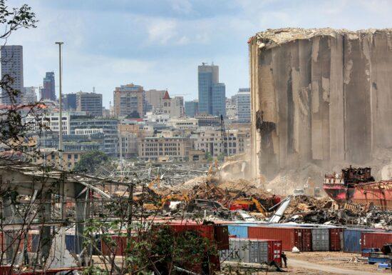 În Beirut au fost reluate căutarile sub ruinele unei clădiri, la o lună de la explozie: Ar exista supraviețuitori