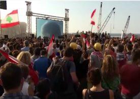 Bilanțul exploziei devastatoare din Beirut a crescut iar. Libanezii furioşi şi îndureraţi cer demisia preşedintelui