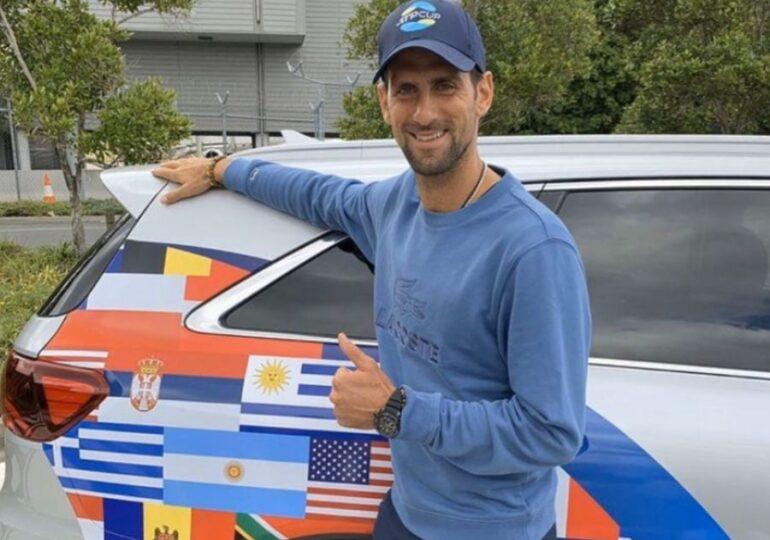 Ministrul Tineretului şi Sportulului îl invită în România pe Novak Djokovic