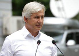 Eugen Teodorovici a demisionat de la Curtea de Conturi pentru a deveni asociat la o firmă care crește porci