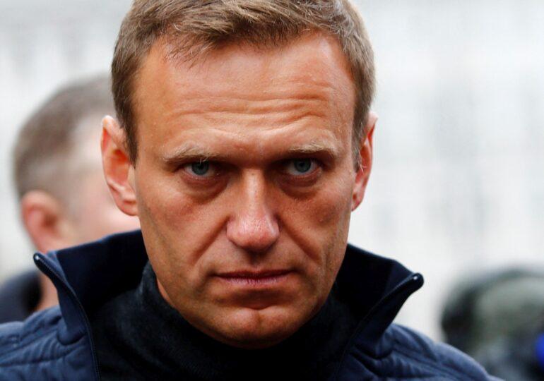 Aleksei Navalnîi a fost condamnat la trei ani şi jumătate de închisoare