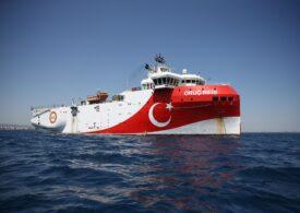 Turcia reia căutarea de hidrocarburi într-o zonă disputată, cu riscul unui conflict cu Grecia