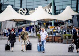 Masca devine obligatorie la Amsterdam și Rotterdam, iar amenda e usturătoare