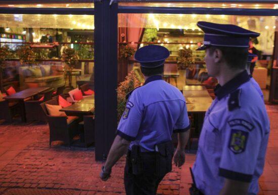 Orban spune că restricționarea circulației pe timp de noapte e în evaluare