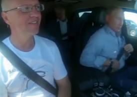 Putin a inaugurat la volan o autostradă de un miliard de dolari, în Crimeea