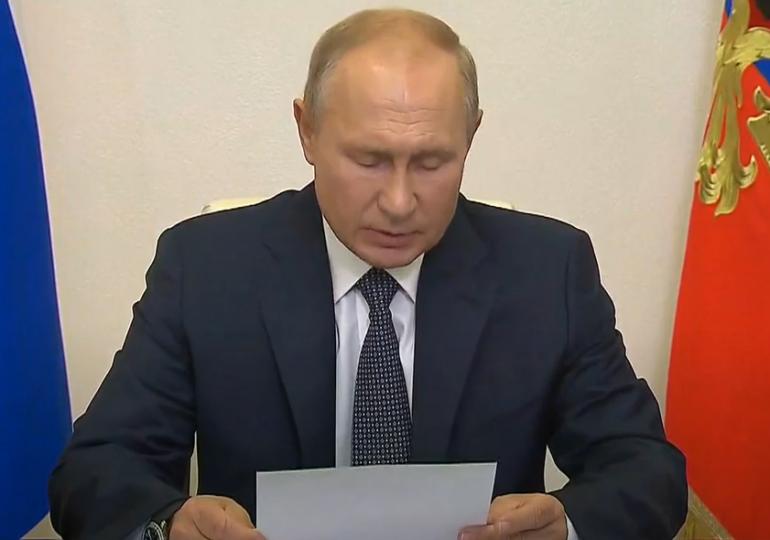 Putin anunţă că Rusia a dezvoltat primul vaccin antiCovid şi că una dintre fiicele lui s-ar fi vaccinat cu Sputnik V